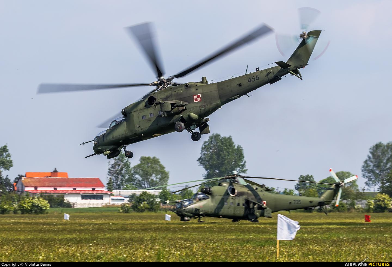 Poland - Army 456 aircraft at Inowrocław - Latkowo