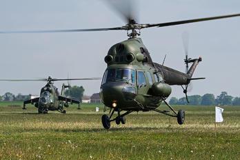 3829 - Poland - Air Force Mil Mi-2