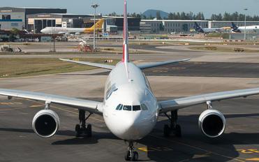VH-QPD - QANTAS Airbus A330-300