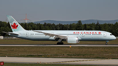 C-FNOI - Air Canada Boeing 787-9 Dreamliner