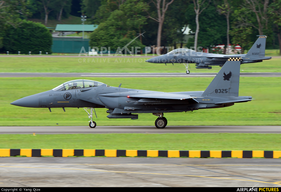 Singapore - Air Force 8325 aircraft at Paya Lebar