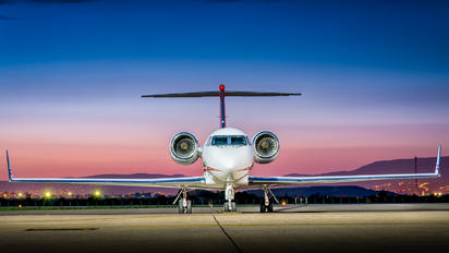 N925JS - Private Gulfstream Aerospace G-IV,  G-IV-SP, G-IV-X, G300, G350, G400, G450