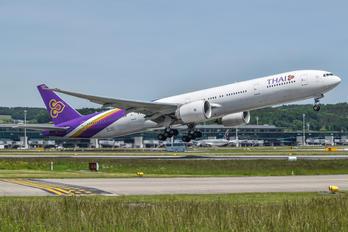 HS-TKX - Thai Airways Boeing 777-300ER