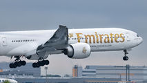A6-ENY - Emirates Airlines Boeing 777-31H(ER) aircraft