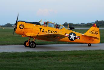 F-AZBL - Private North American Harvard/Texan (AT-6, 16, SNJ series)