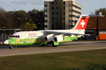 HB-IYS - Swiss British Aerospace BAe 146-300/Avro RJ100