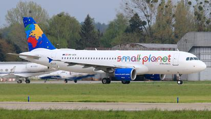 OE-LEA - Small Planet Airlines Airbus A320
