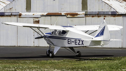 EI-EZX - Private Piper PA-22 Colt