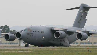 80056 - USA - Air Force Boeing C-17A Globemaster III