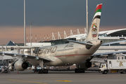 Etihad Airways A6-AFB image