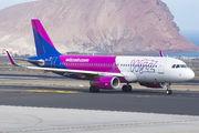 HA-LYR - Wizz Air Airbus A320 aircraft