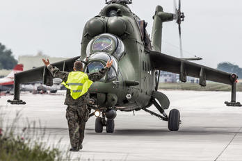 736 - Poland - Army Mil Mi-24V