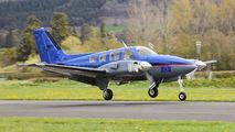 G-BNUN - Private Beechcraft 58 Baron aircraft