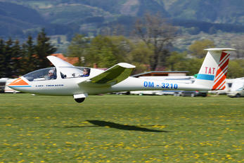 OM-3210 - Aeroklub Poprad Grob G103 Twin Astir