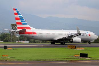N851NN - American Airlines Boeing 737-800