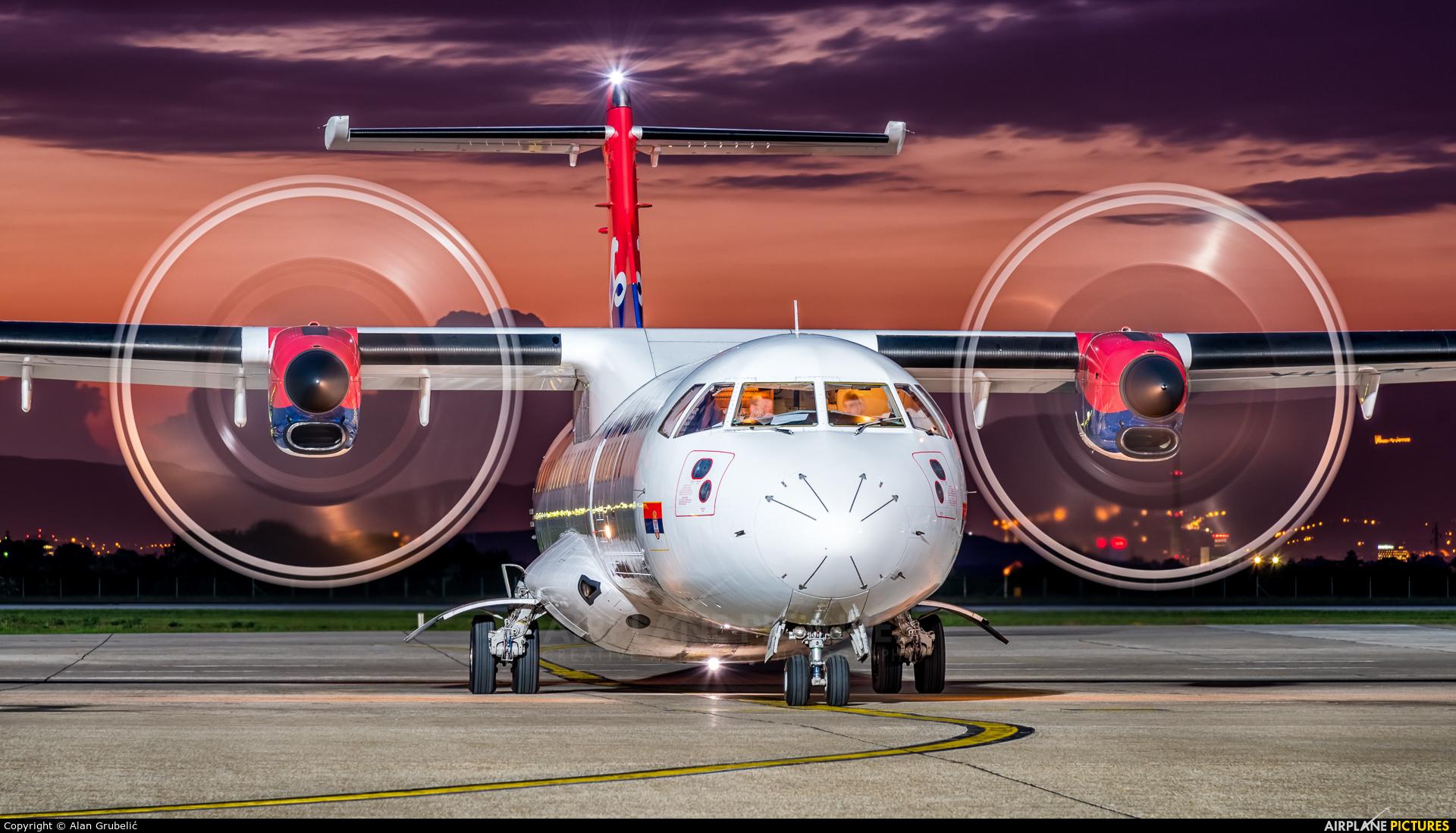 Air Serbia YU-ALP aircraft at Zagreb