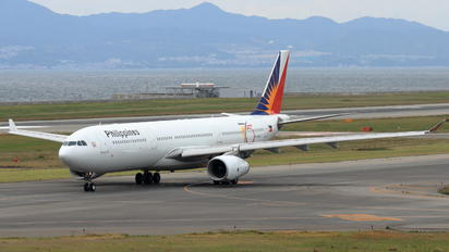 RP-C8762 - Philippines Airlines Airbus A330-300