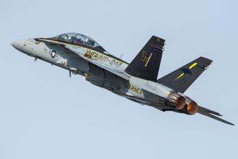 242 - USA - Marine Corps McDonnell Douglas F/A-18A Hornet