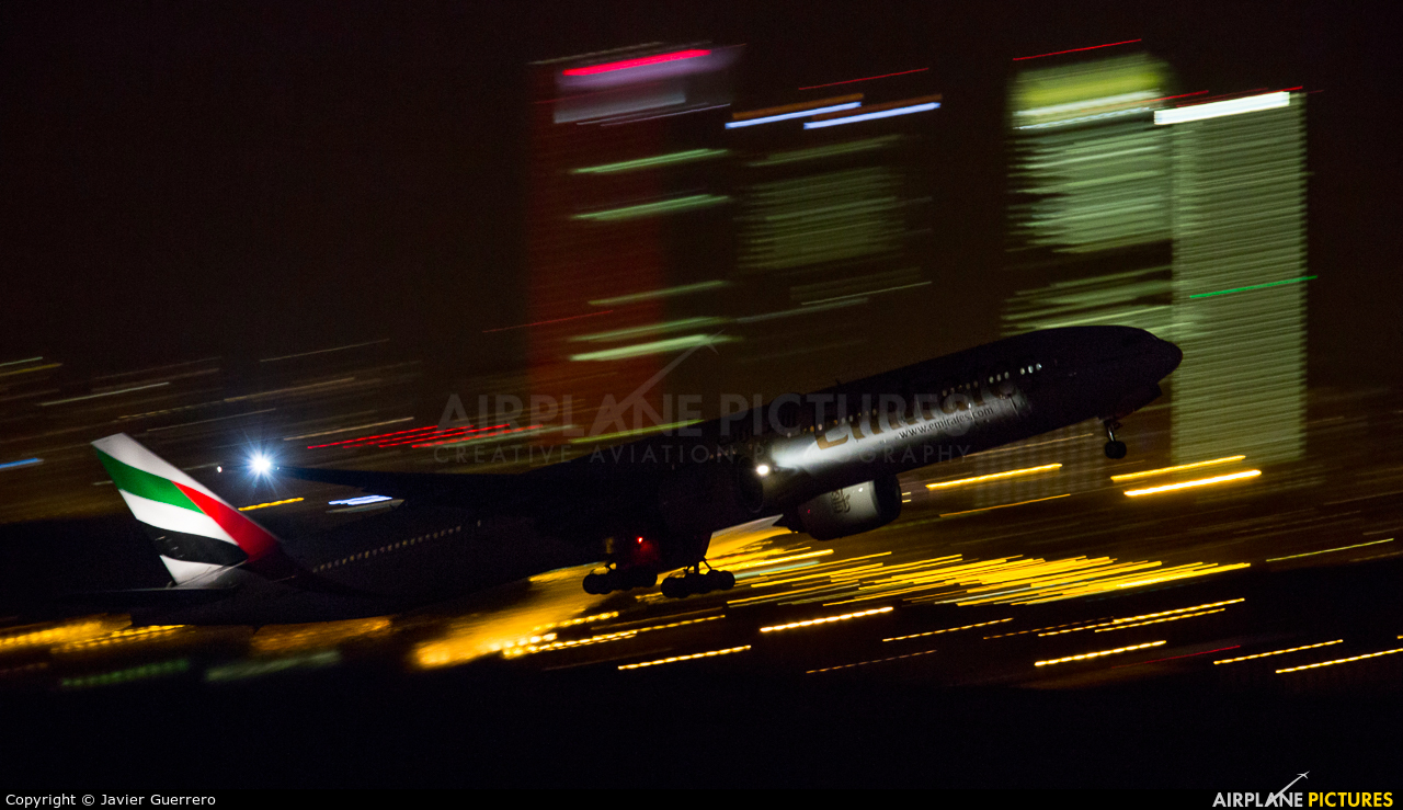 Emirates Airlines - aircraft at Madrid - Barajas