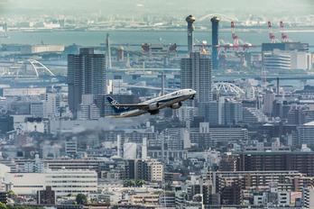JA8197 - ANA - All Nippon Airways Boeing 777-200