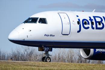 N317JB - JetBlue Airways Embraer ERJ-190 (190-100)