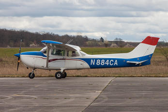 N884CA - Private Cessna 172 Skyhawk (all models except RG)