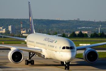 HZ-ARC - Saudi Arabian Airlines Boeing 787-9 Dreamliner