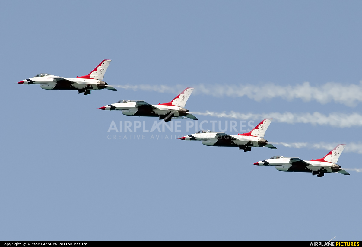 16 thunderbirds 5 plane - photo #20