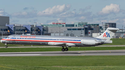 N96818 - American Airlines McDonnell Douglas MD-83