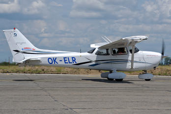 OK-ELR - Private Cessna 172 Skyhawk (all models except RG)