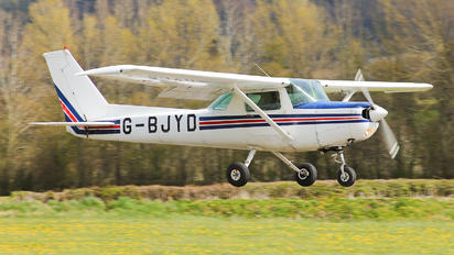 G-BJYD - Private Cessna 152