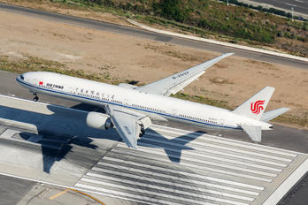 B-2037 - Air China Boeing 777-300ER