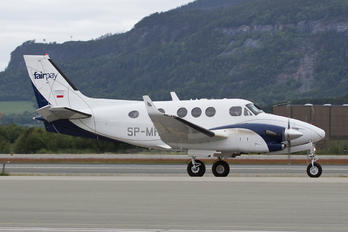 SP-MHK - Private Beechcraft 90 King Air
