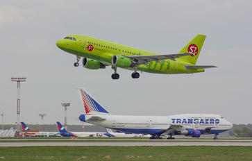 VP-BHG - S7 Airlines Airbus A319
