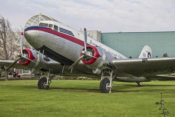 CC-CLDT - LAN Airlines Douglas DC-3