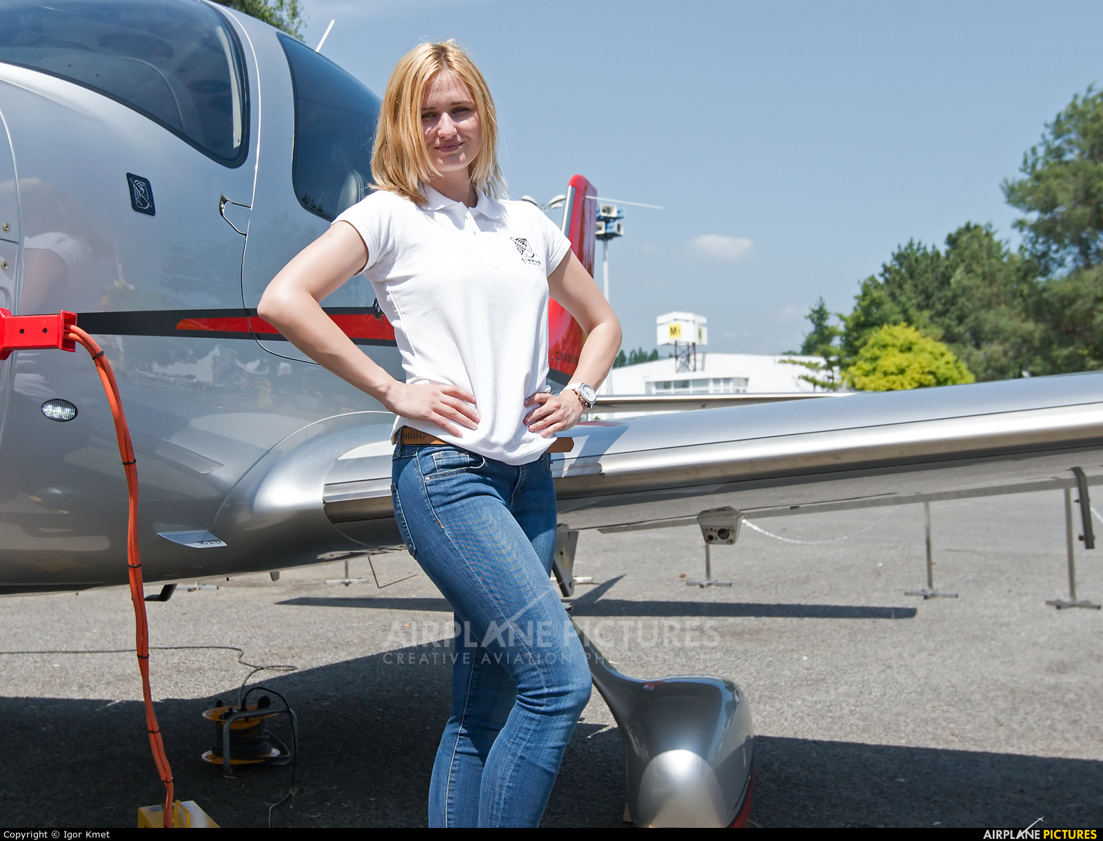 - Aviation Glamour - aircraft at Off Airport - Slovakia