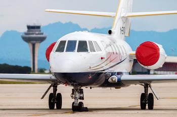 M-ENTA - Private Dassault Falcon 200