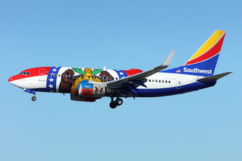 N280WN - Southwest Airlines Boeing 737-700