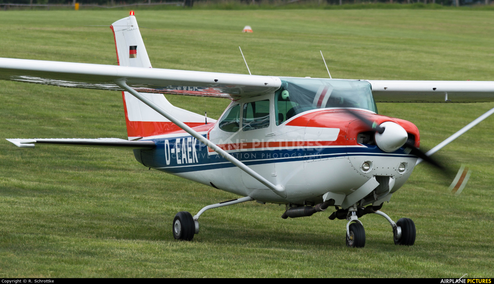 Private D-EAEK aircraft at Bergneustadt auf dem Duempel
