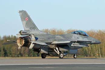4045 - Poland - Air Force Lockheed Martin F-16C Jastrząb