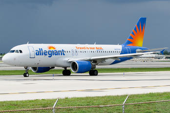 N227NV - Allegiant Air Airbus A320