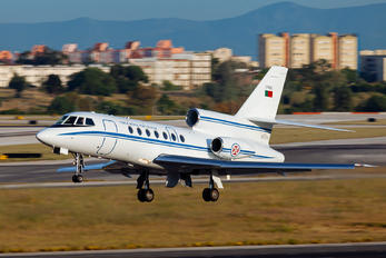 17402 - Portugal - Air Force Dassault Falcon 50