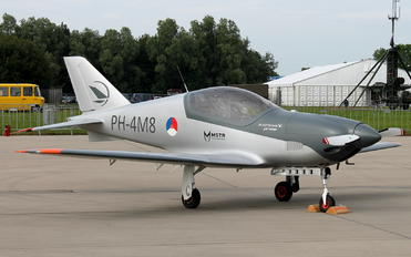 PH-4M8 - Private Blackshape Prime