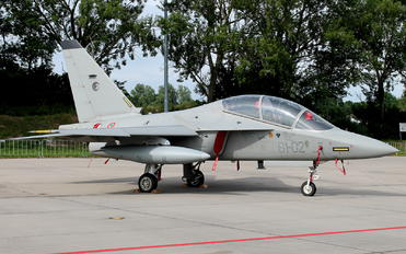 61-02 - Italy - Air Force Leonardo- Finmeccanica M-346 Master/ Lavi/ Bielik