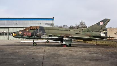 3710 - Poland - Air Force Sukhoi Su-22UM-3K