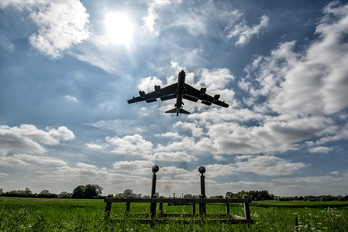 - - USA - Air Force Boeing B-52H Stratofortress