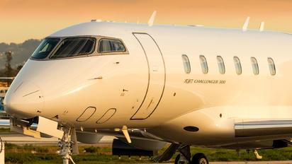 N557XJ - XOJet Bombardier BD-100 Challenger 300 series