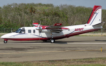 N692T - Private Rockwell 690