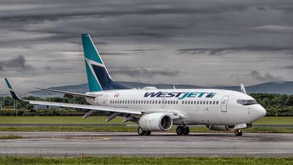C-GYWJ - WestJet Airlines Boeing 737-700