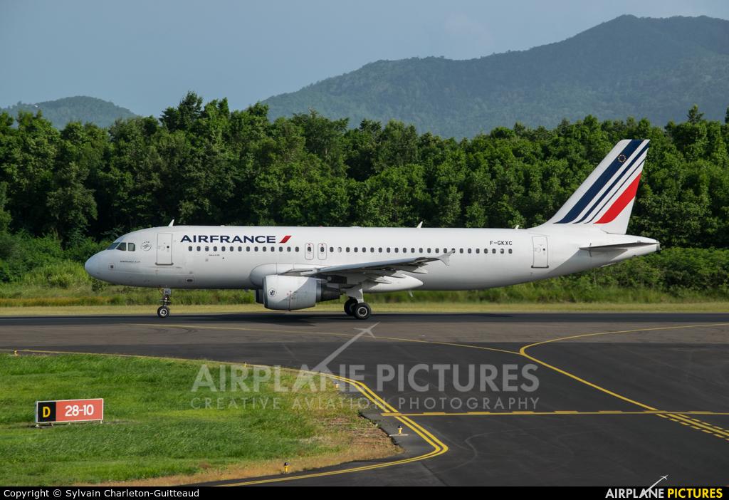 Air France F-GKXC aircraft at Martinique - Aimé Césaire